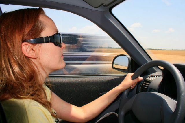 Miejskie auto dla kobiety – na co zwracać uwagę?