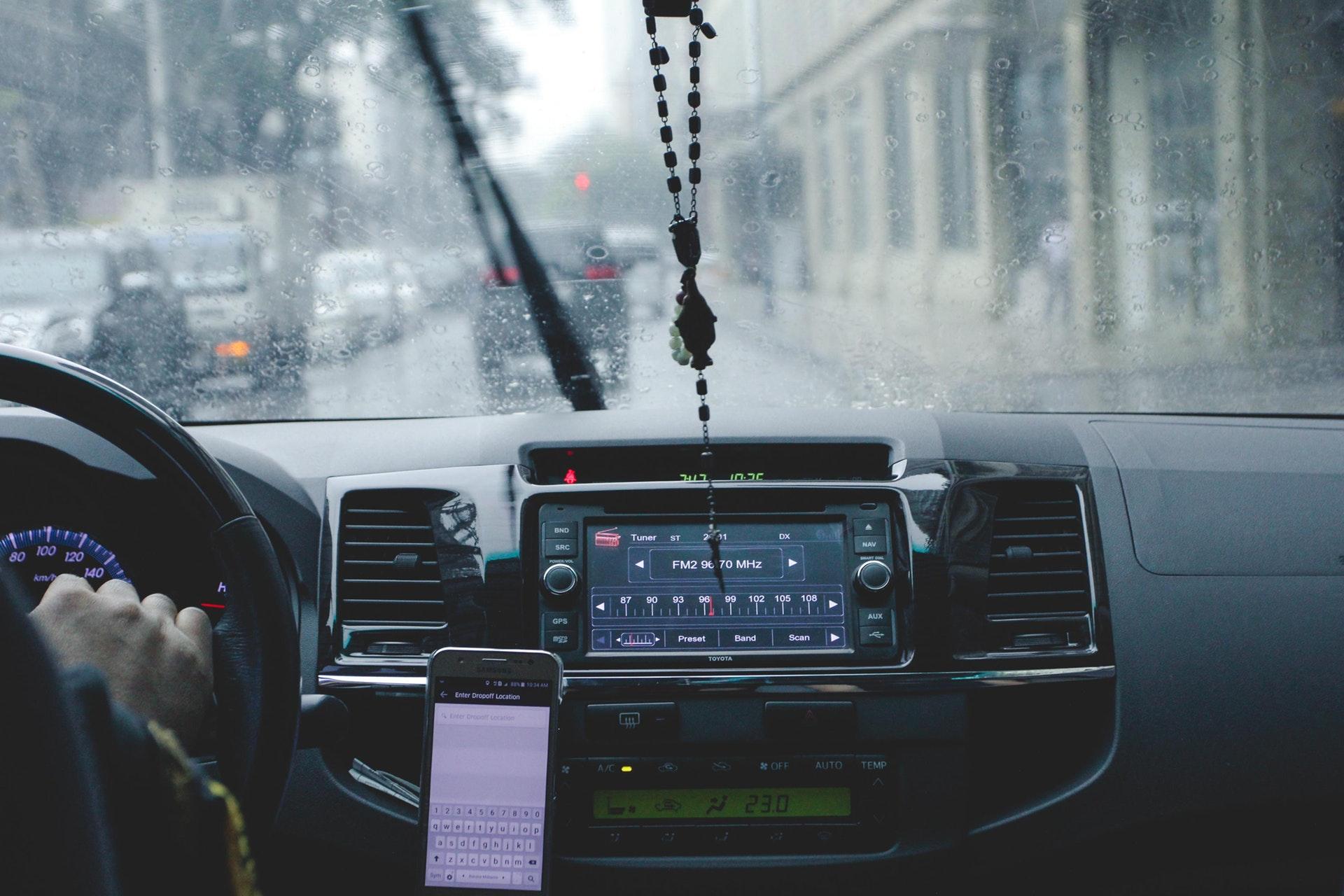 Na co zwrócić uwagę kupując samochód z portalu ogłoszeniowego?