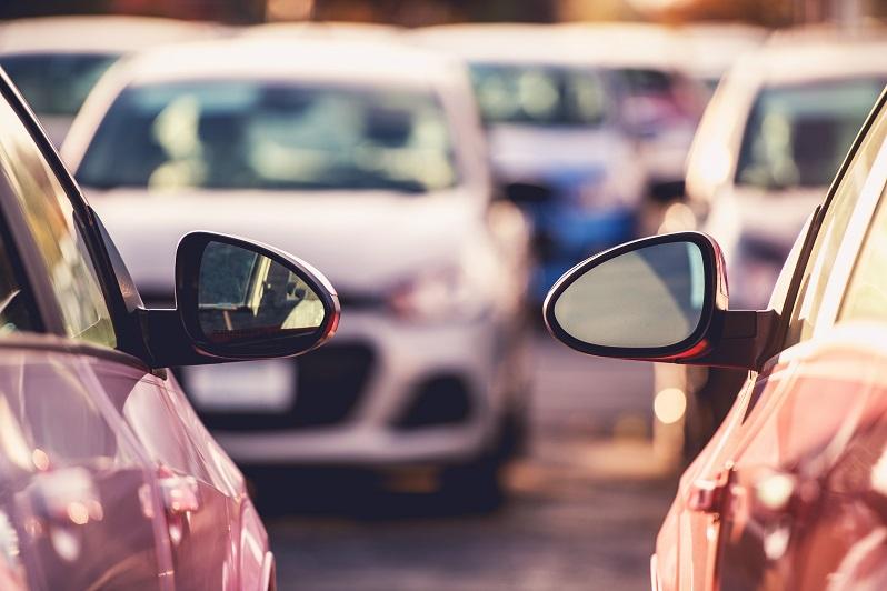 Jakie samochody sprowadzamy z zagranicy?
