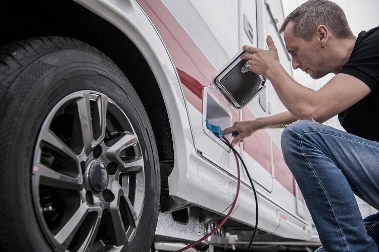 Czy warto zainwestować w samochód elektryczny?